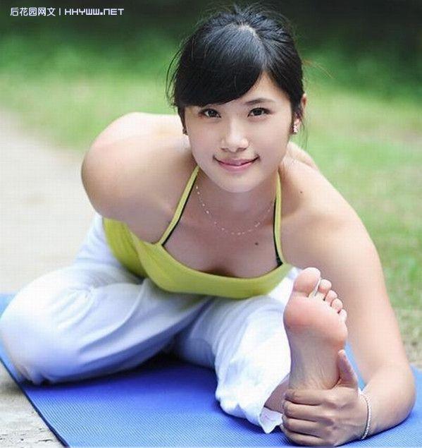 『美女帅哥』绝色瑜伽运动美女